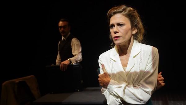 La producción del IVC 'Dinamarca' vuelve a València de la mano del Teatre Rialto