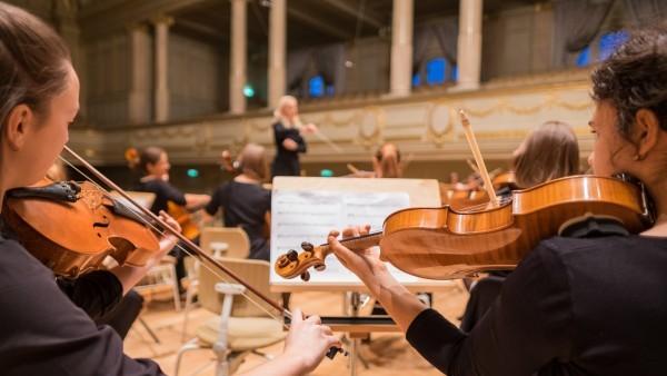 Beques per a alumnes d'escoles de música de les societats musicals