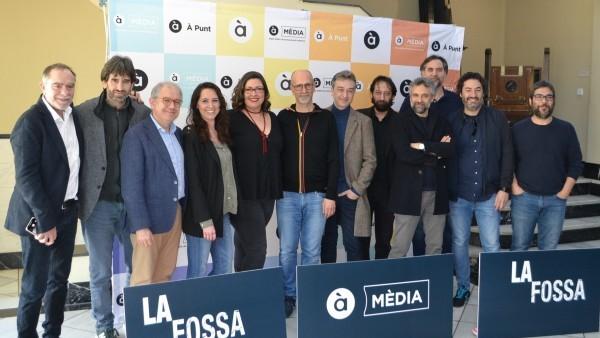El IVC ha acogido a la Filmoteca la presentación del primer capítulo de la miniserie 'La fosa'