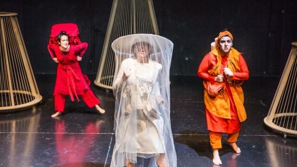 El teatro de Brecht y circo-flamenco para despedir enero en el Teatre Arniches