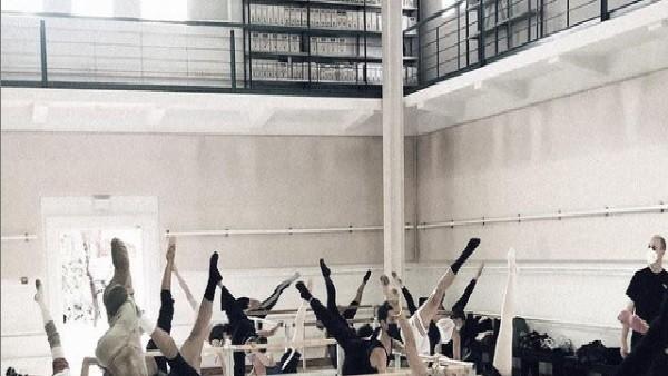 Classes obertes de dansa acadèmica