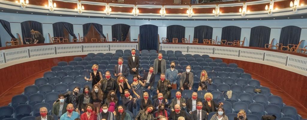 'Acampada', de la companyia El Pont Flotant, millor espectacle de teatre dels Premis de les Arts Escèniques Valencianes
