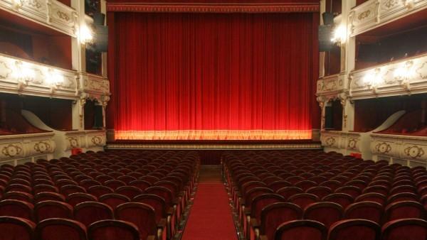 Reobrim els teatres amb una cloenda simbòlica de la temporada