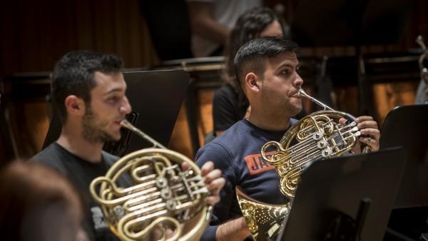 Becas para alumnos de escuelas de música